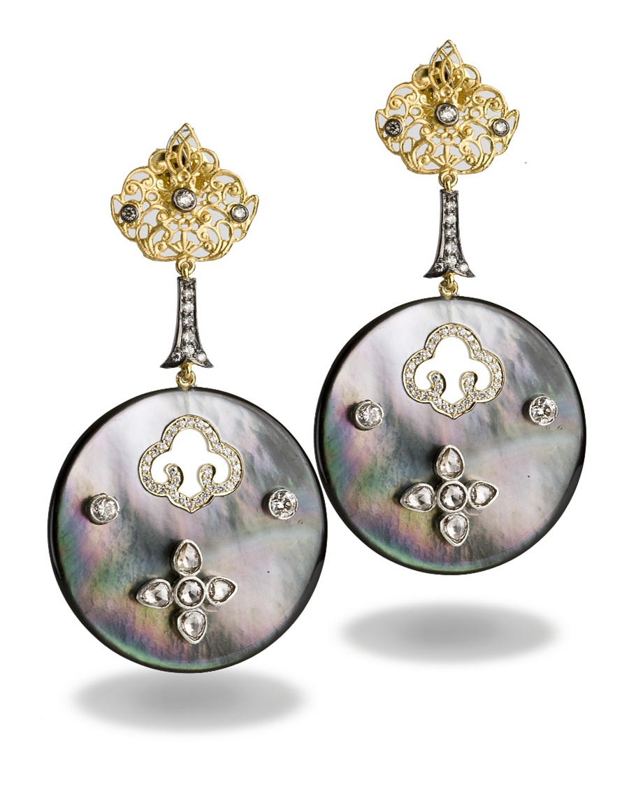 Mother-Of-Pearl Earrings - Bochic Collection - CoutureLab.com